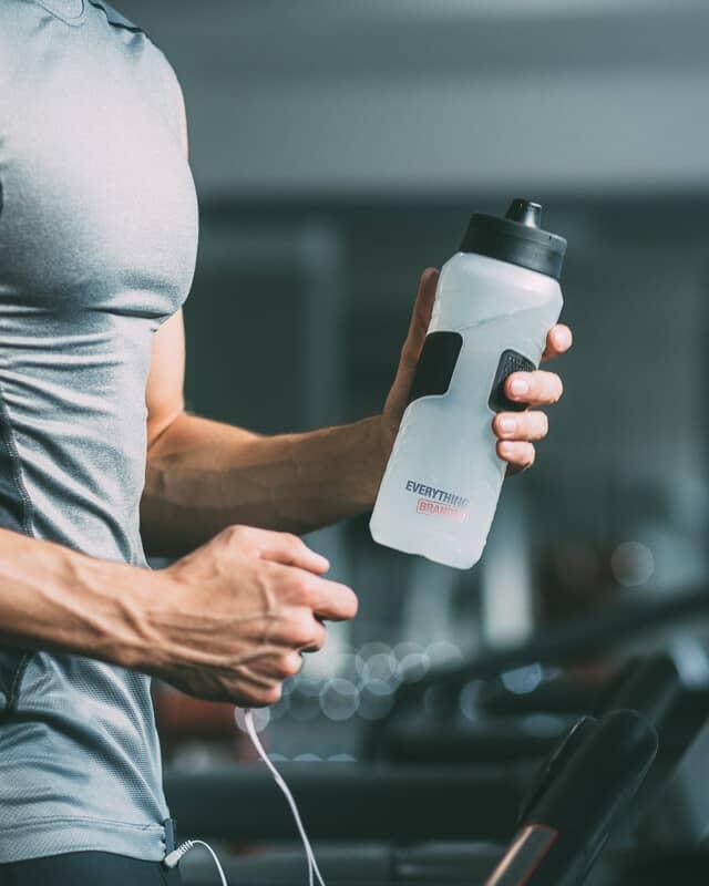 Sports Bottles header